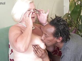 lesbiene black mere vicieuse