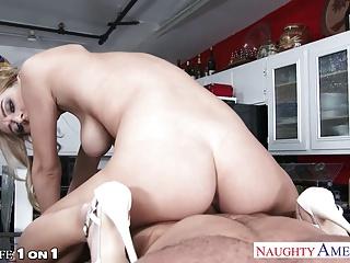 Лесбиянки порно видео   megapornome