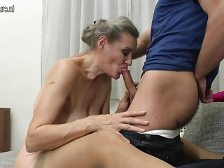 1000facials blondie full of cream on her face 7