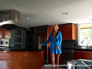http://sexxx.cc/pub/prw_xh/508/508692_wifey_s_sistersucks_hubby_s_cock.jpg