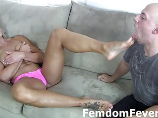 Aliz devouring black cock 3