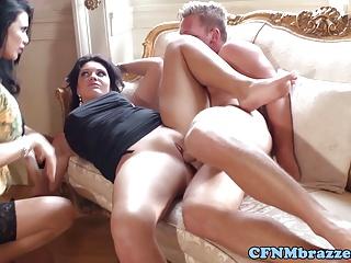 красивый порно массаж онлайн