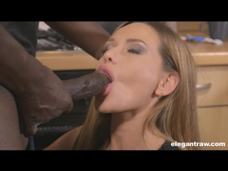 Cougar kendra lust facialized by a stud after wild fucking 9